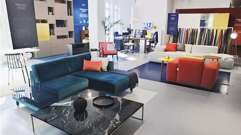 MYCS Showroom Hamburg Sofas Regal Tische